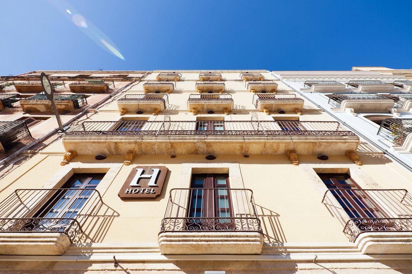 hotel_la_fontnombre_del_documento_18-04320387e15b16084bf82a446b328df5